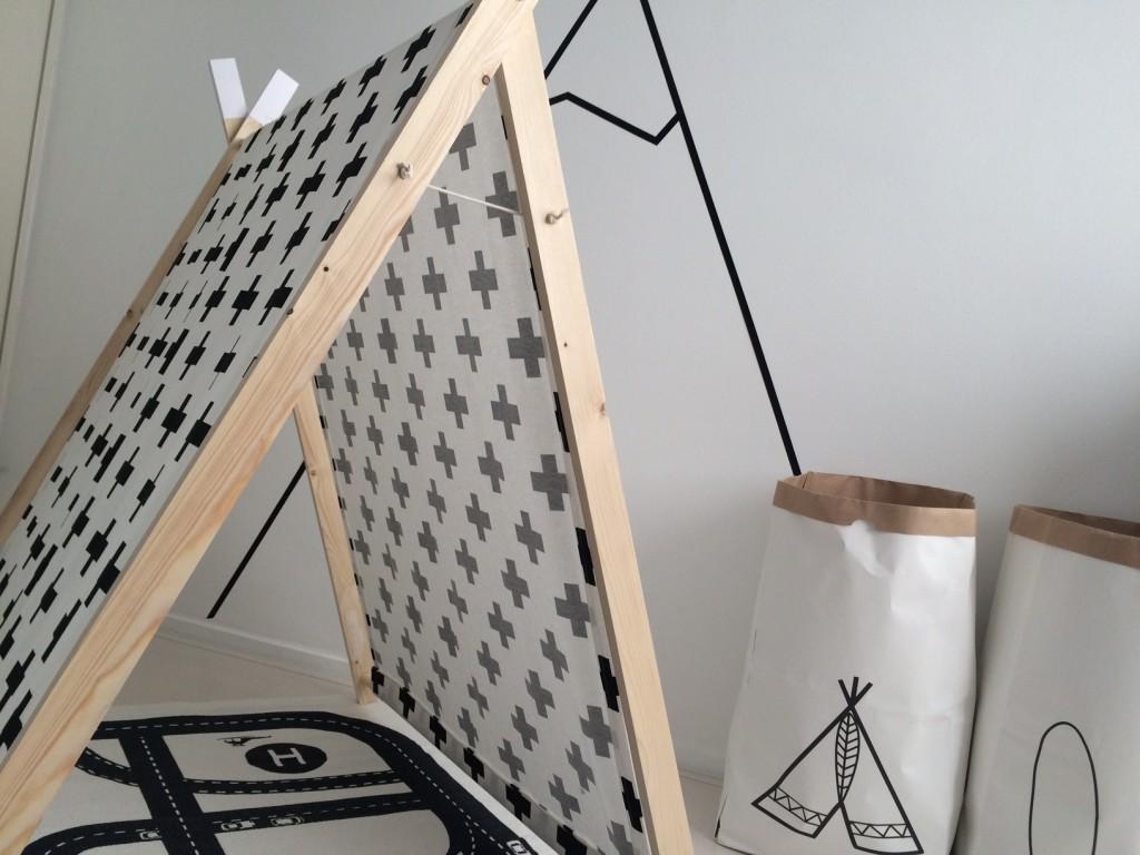 monochrome tent