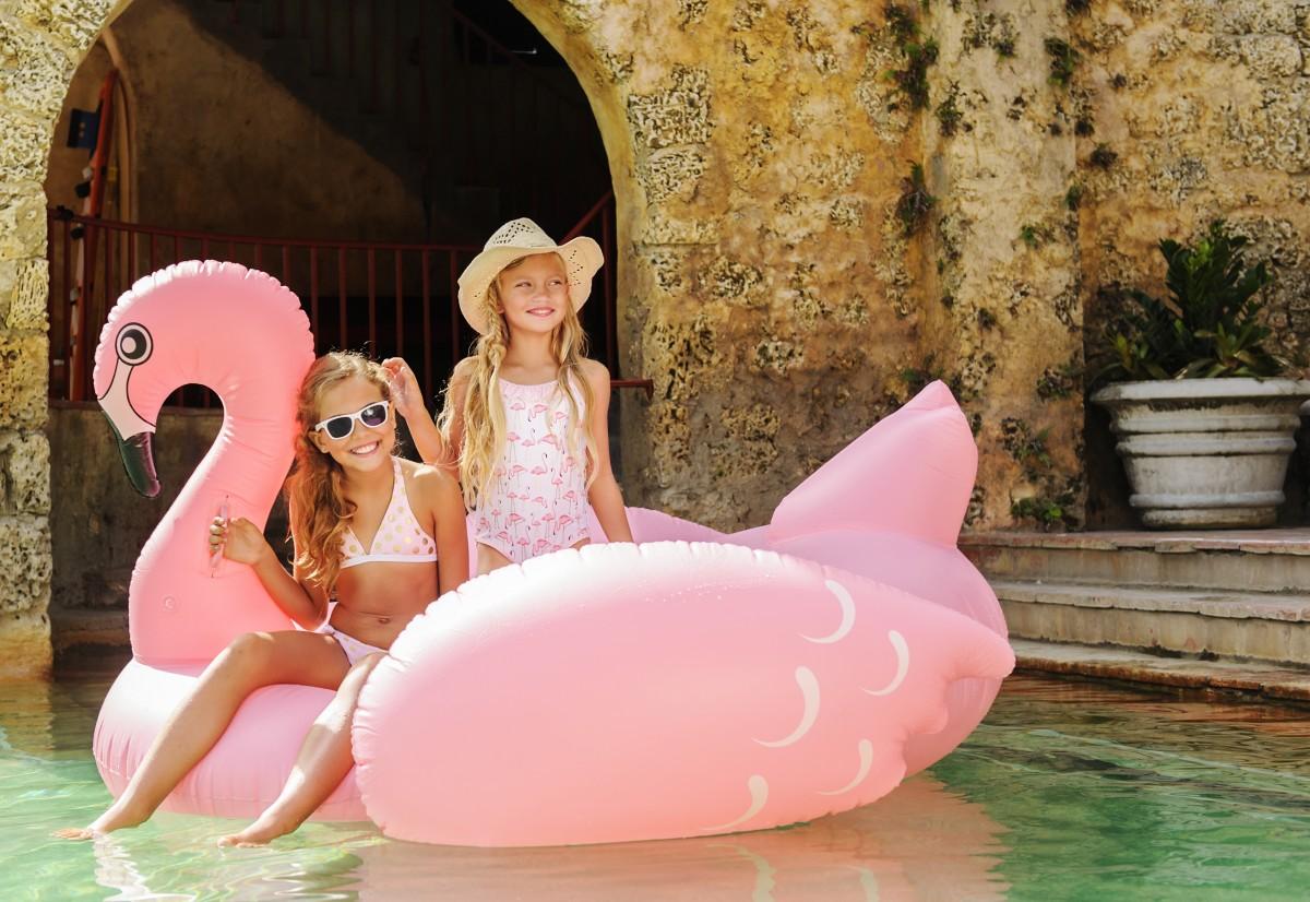 Hippe UV zwemkleding voor de zonnige zomerdagen