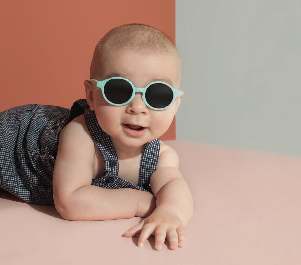 Stylisch en stoere zonnebrillen voor hippe baby's én kids van IZIPIZI