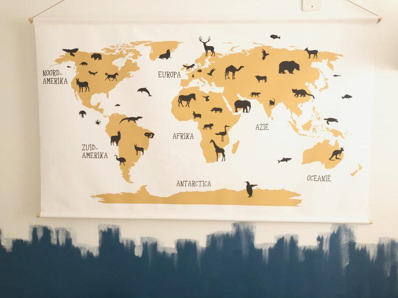 okergele wereldkaart groot