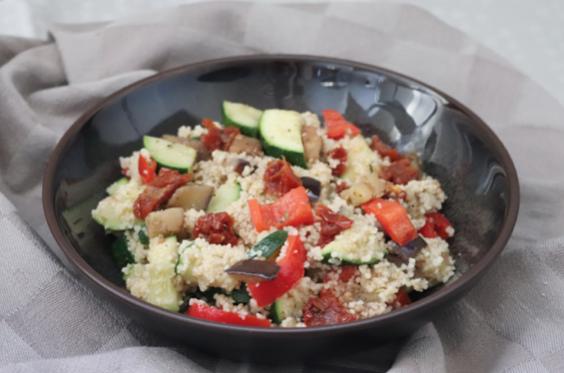 KidsProof herfst recept: warme couscous met Mediteraanse groenten