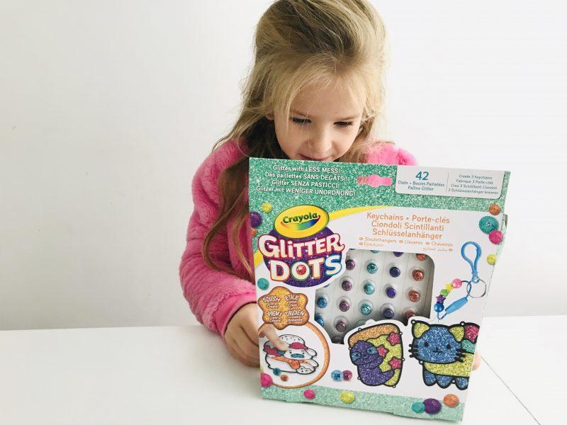 Crayola Glitter Dots, knutselen met glitters zonder stress!