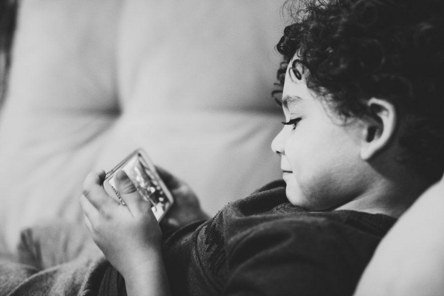 telefoongebruik bij jonge kinderen